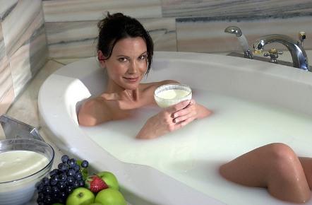70637153_poGuglu Какую ванну принять без вреда здоровью : 5 разновидностей для мамы