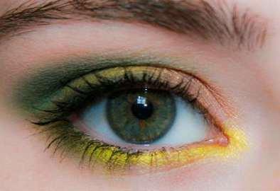 76a5ace4ab36 Секреты красоты: Тропический макияж вне конкуренции
