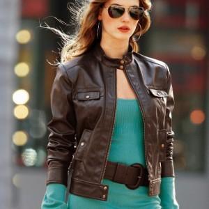 8795a5d3fc39bb4d00646a926e8bd96c-300x300 Короткие куртки – в чем подвох?