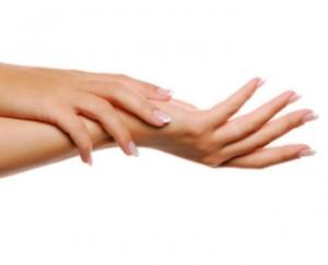 massaj_ruk_i_nogtei_1-300x243 Пусть руки будут нежными