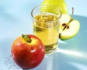 yablochnyiy-uksus1-300x241 Применение яблочного уксуса в народной медицине