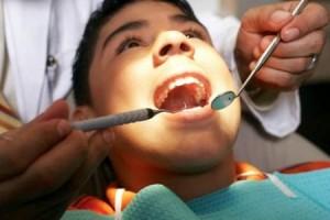 cura-dal-dentista-300x200 Зубные пломбы: интересные факты