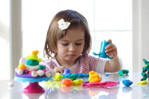 9889-300x200 Развитие ребенка от 1 года до 2 лет : что нужно знать