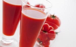 7_29-300x187 Томатный сок хорош не только для похудения