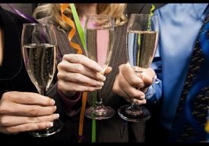 8b096fceebef8fb512b15cd808543a41-300x210 9 советов: как устроить вечеринку собственными силами?