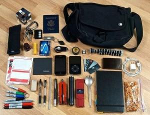 1012-300x230 Проводим ревизию дамской сумочки