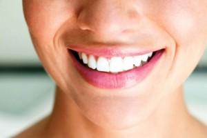 zdravo_življenje_nega_telesa_kozmetika_copy11-300x200 Важность здоровья зубов нельзя недооценивать