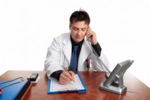 callmed_serviciu_de_consiliere_telefonica_pentru_pacienti_everystockphoto5_62869000-300x201 Бесплатные врачебные консультации по телефону или поиск клиентов?
