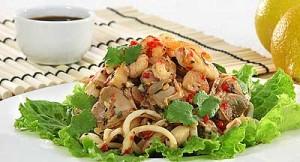 1270711758_salat-s-moreproduktami-300x162 Салаты с морепродуктами - полезно и вкусно