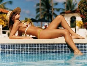 BELEZA_CORPO_Bronzeado_600x400-300x226 Как оставаться стройной во время отпуска