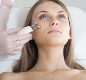 c8c3d4743fde27e25c967364cbb9b446-300x280 Как выбрать ПРАВИЛЬНОГО дерматолога, который решит ваши проблемы с лицом