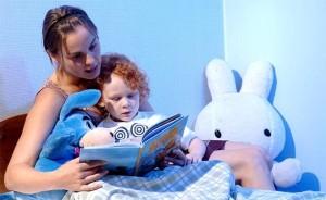 21926-bedtime-routine-story-300x184 Какие сказки читать детям на ночь?