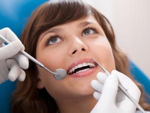 37-300x227 Для чего нам нужна реставрация зубов?