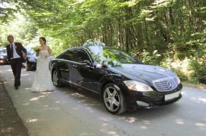 221.w-300x199 Предоставление машин на свадьбу