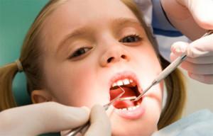 detskaya_stomatologia-300x192 Особенности лечения зубов: что нужно знать пациенту