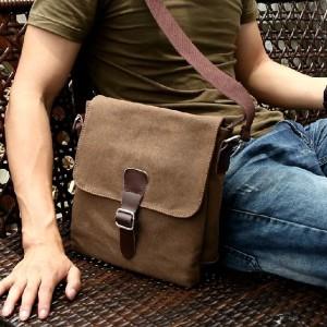 608001399_o-300x300 Как выбрать повседневную мужскую сумку в подарок