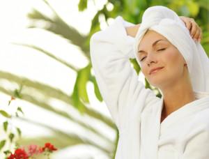 robe_morning_bath_plants_relax_spa_0-300x228 Приметы и их влияние на нашу жизнь