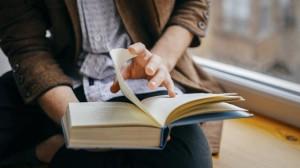 9208279-300x168 Научно-методическая литература: учебник для обретения счастья