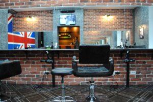 VX6nGaiFxiQ-300x201 Где заказать красивое зеркало для интерьера вашего дома и офиса