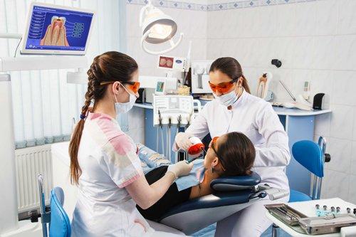 VN5M1017 Современная стоматология и ее возможности
